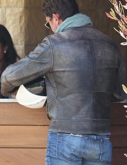 Gerard Butler Goes Jacket